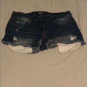 Flirty shorts for summer! Pockets show.